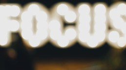 word focus in lights